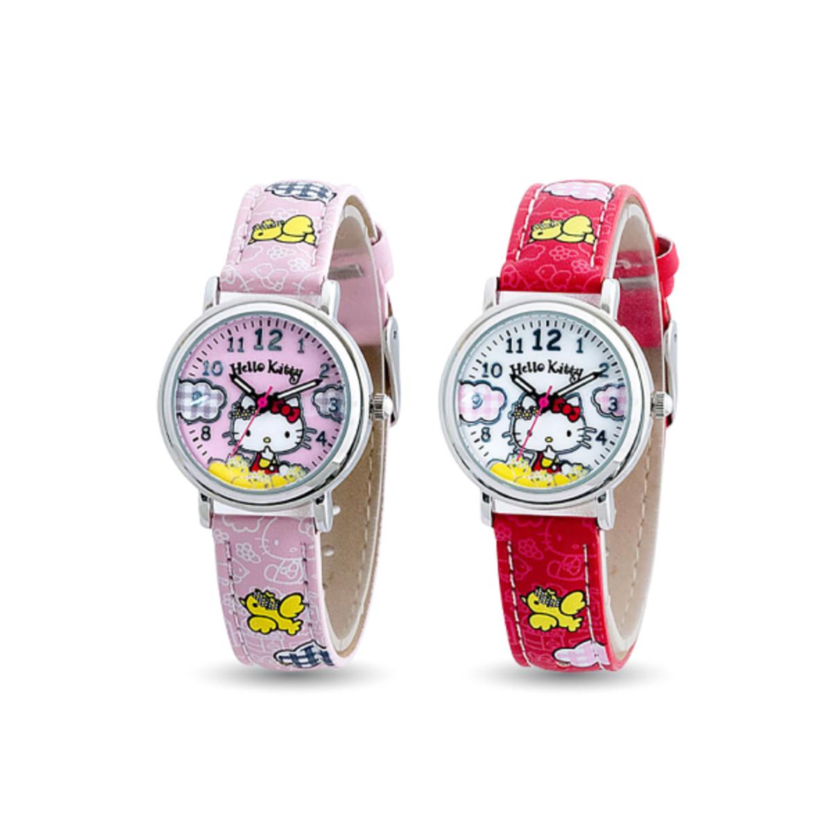 692795100 Hello Kitty Girls Strap Watch (HKFR1222-01)